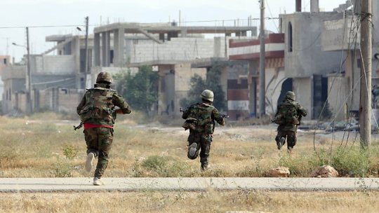 Syrian army units move in on ISIL.