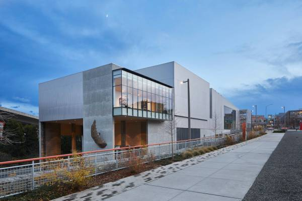 Tacoma Art Museum Opens Benaroya Wing With Dazzling Glass Seattle Weekly