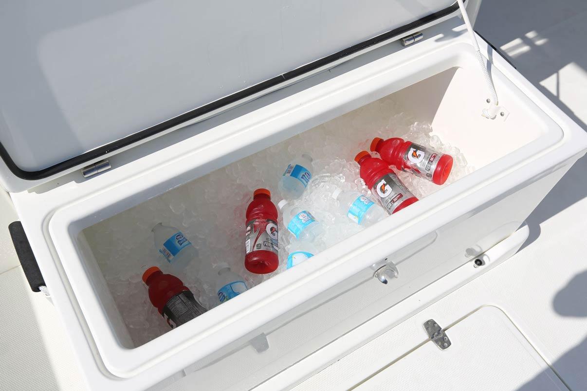 hight resolution of  fiberglass cooler