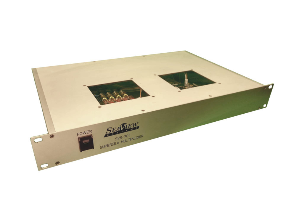 The SeaView rackmount SVS-701 fiber optic multiplexer is shown.