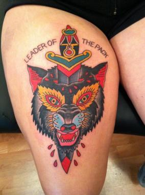 wolf and dagger tattoo, minneapolis tattoo shops, minnesota tattoo shops, minnesota tattoos, sea wolf tattoo company, wolf tattoo, traditional tattoos