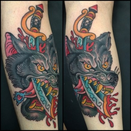 wolf-dagger-tattoo