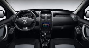 VERSION E2 - 4WD - PLANCHE DE BORD - MEDIA NAV - VOLANT CUIR