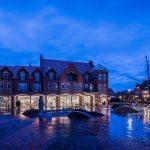 Arkadenhaus Papenburg blaue Stunde