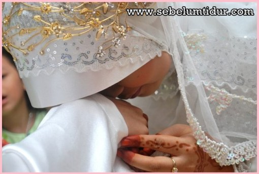 Hadits tentang istri taat kepada suami istri harus taat kepada suaminya