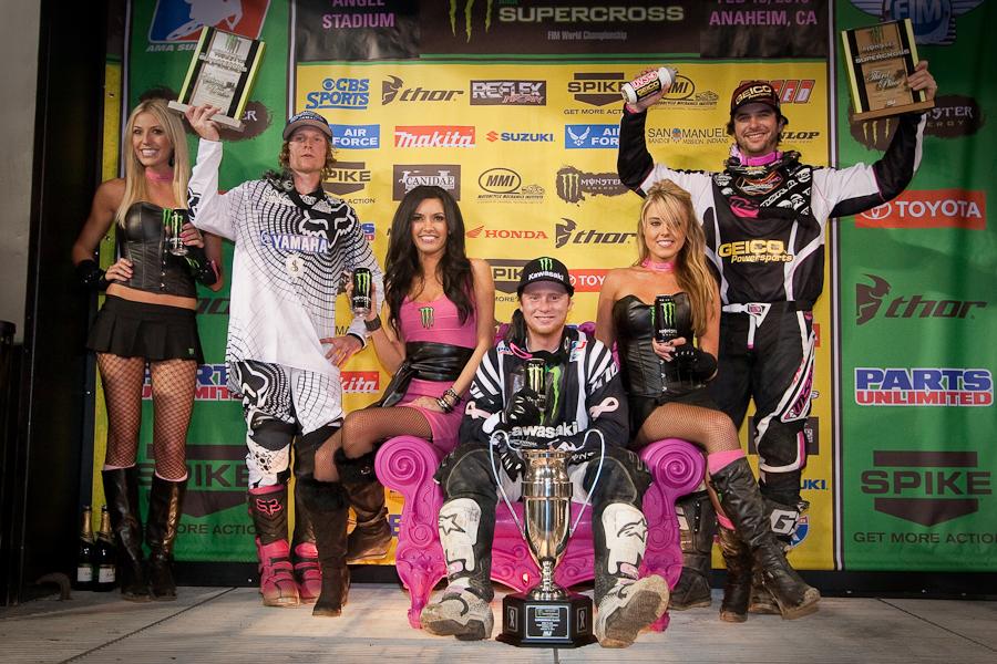 13-450-podium
