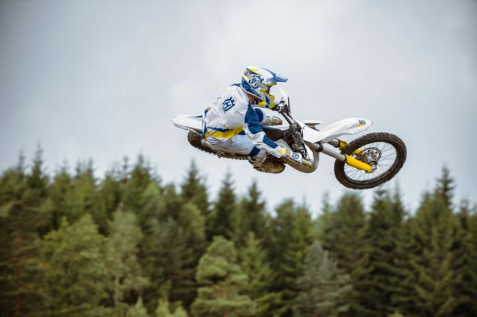 Motocross_2stroke_RSC2517_miho_flat_B