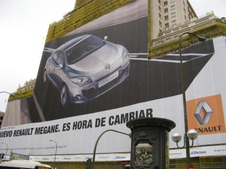 Renault Laguna Outdoor Ad