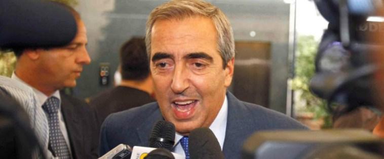 """M5S, Gasparri all'attacco: """"Conte e Grillo dall'ambasciatore cinese a prendere ordini"""""""