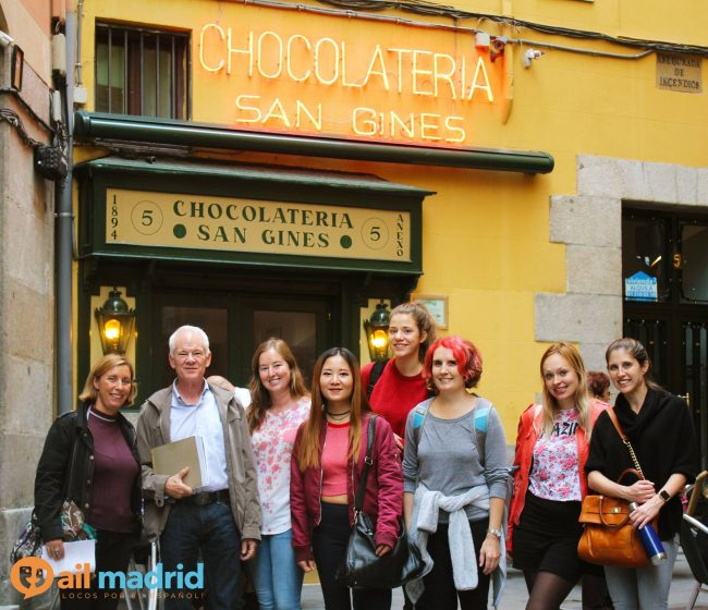 Visiting the most famous chocolatería in Madrid. Photo courtesy of AIL Madrid.