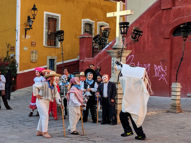Performance of la Danza del Torito, a traditional Guanajuato folk dance
