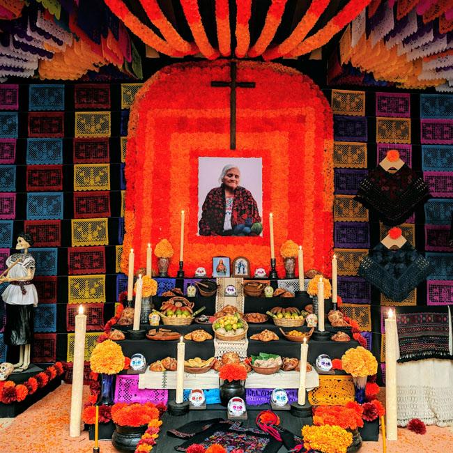 Altar, Día de Muertos, Puebla, Mexico