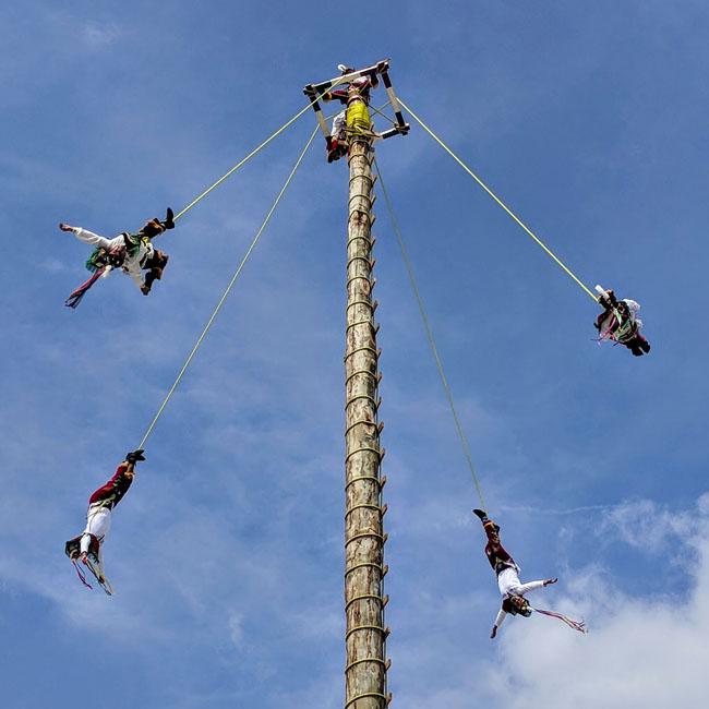 The voladores de Cuetzalan put on a special show for Día de Muertos