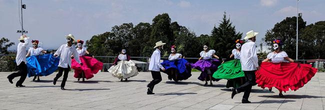 Folk dances for Día de Muertos, Puebla