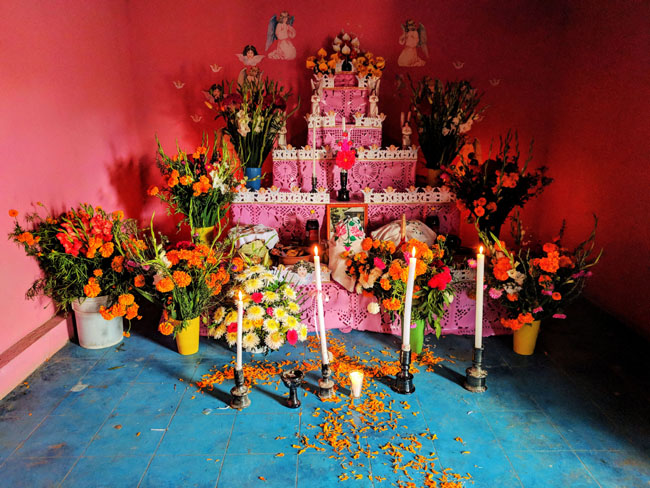 Ofrenda, Huaquechula, Puebla, a village famous for its altars