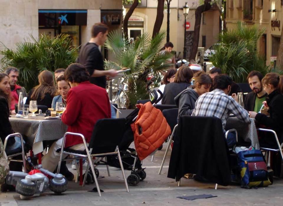 Spanish cafe - Spanish Listening Practice through Eavesdropping