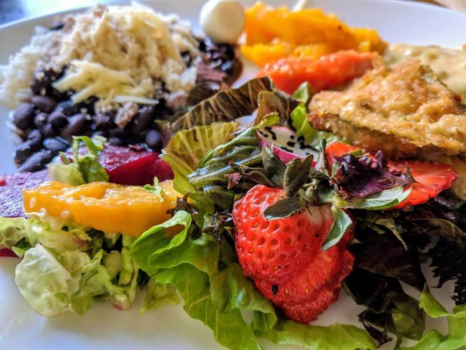 Buffet lunch at Padaria Santa Marta