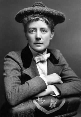 ethel-smyth-with-hat
