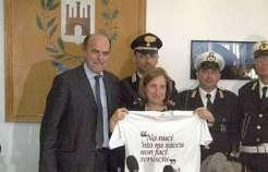 L'ex segretario Pd Pierluigi Bersani esprime solidarietà a Lanzetta