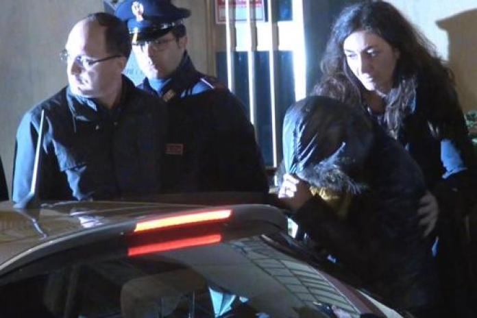 Veronica Panarello viene condotta in procura