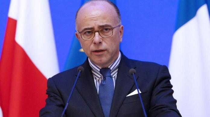 Il ministro degli interni Bernard Cazeneuve