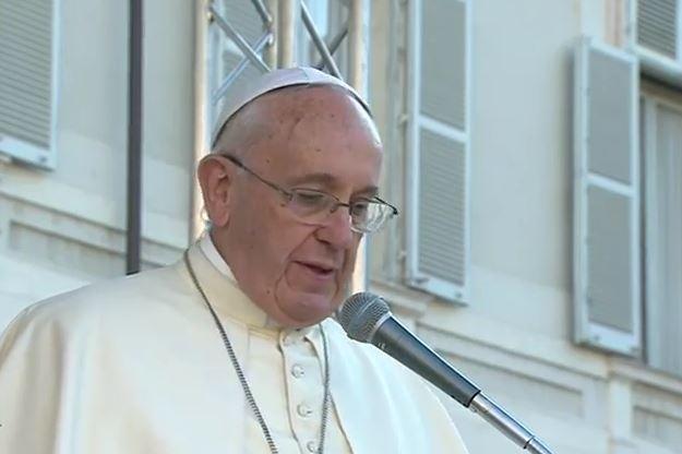 Il Papa a Torino in piazzetta Reale si rivolge al Mondo del Lavoro