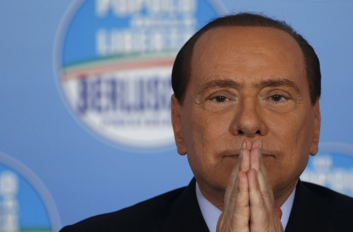 "Immigrati, Silvio Berlusconi: ""Siamo invasi, serve esercito. Ma governo dov'è?"""