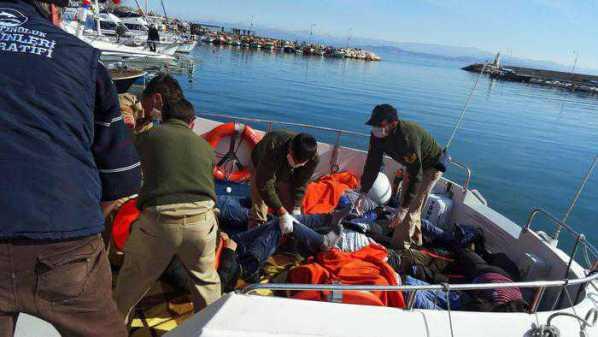 Egeo, 24 morti in un naufragio. Tra le vittime 11 bambini