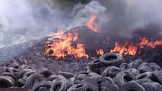 Bruciavano rifiuti pericolosi, 4 arresti a Lamezia Terme