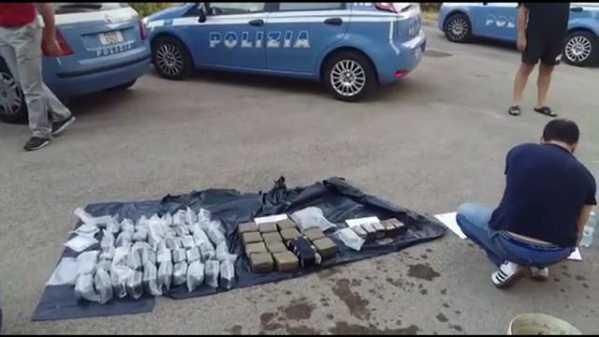 Cocaina nel Pc. Arrestati tre corrieri a Milano