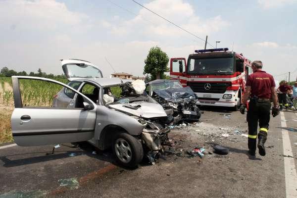 Incidente stradale sull'A3, tra Pizzo e Lamezia. Un ferito grave