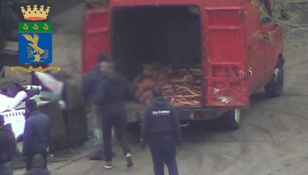 Traffico di rifiuti, 5 arresti e cinque denunce a Cosenza