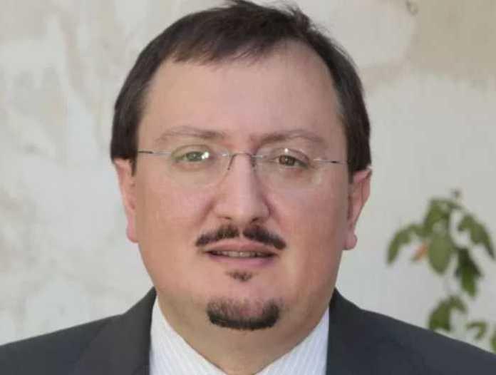 L'ex vicesindaco di Cosenza, Luciano Vigna condannato processo Tesi