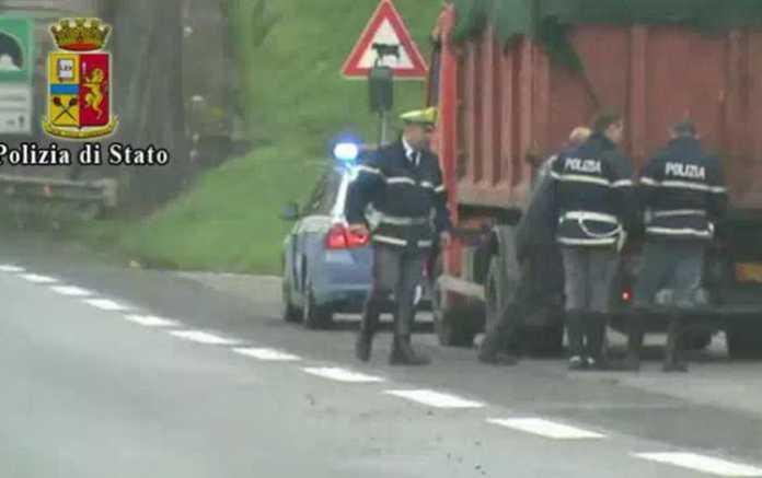 Furto e riciclaggio di rame. 4 arresti e 9 obblighi a Cosenza