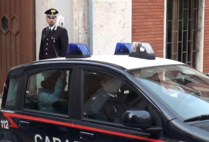 Scoperta casa appuntamento a Reggio Calabria. 7 arresti per prostituzione