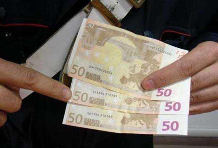 Trovati con banconote false, tre arresti nel cosentino
