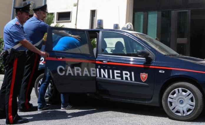 Furti auto, i carabinieri arrestano due persone a Lamezia