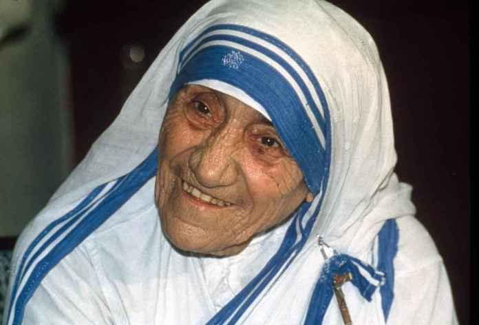Madre Teresa di Calcutta proclamata Santa da Papa Francesco