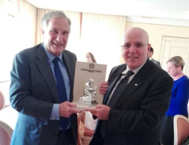 John R. Phillips visita la Calabria