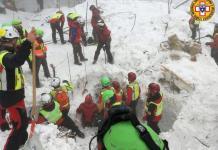 Uomini del Soccorso Alpino sul Rigopiano il 24 gennaio 2017