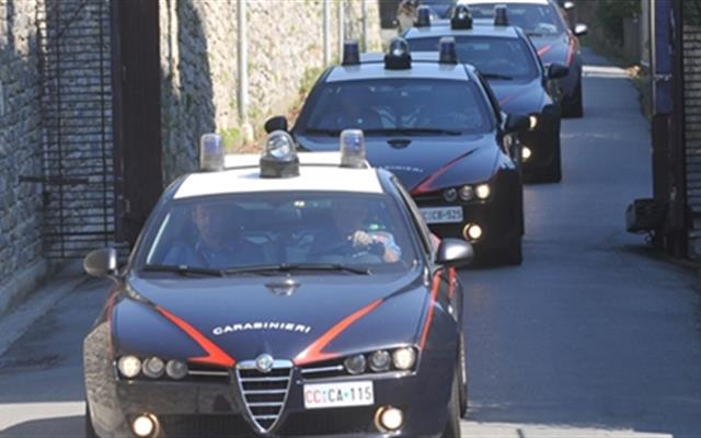 blitz- carabinieri