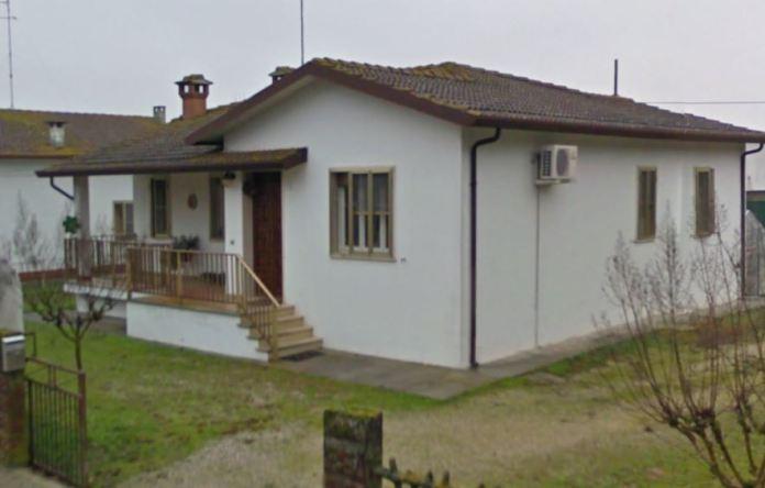 La casa a Pontelangorino dove sono stati uccisi i titolari del ristorante