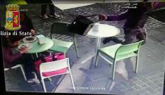 Un borseggio a Cosenza scoperti nell'operazione Predator