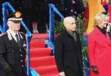 Da sinistra Tullio Del Sette, Marco Minniti e Roberta Pinotti alla cerimonia di istituzione del 14° Battaglione Calabria dell'Arma dei Carabinieri