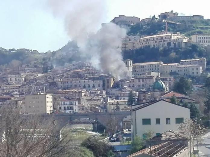 La palazzina nel centro storico di Cosenza