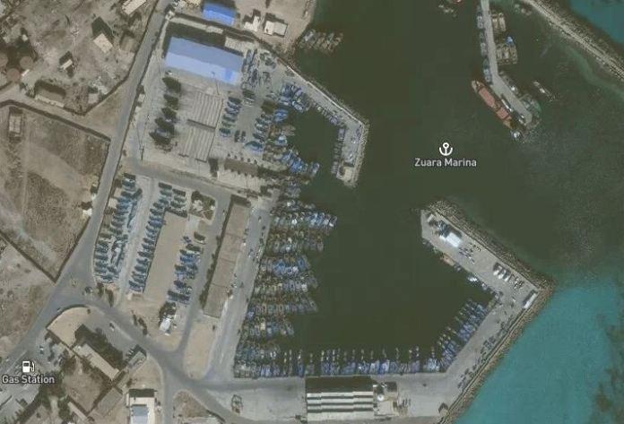 Barche ormeggiate al Zuara, Libia