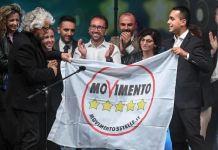 Grillo, Di Maio e Casaleggio sul palco a Rimini