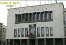 Appalti spezzatino interdetti tre dirigenti del comune di cosenza