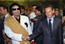 Muammar Gheddafi Nicolas Sarkozy