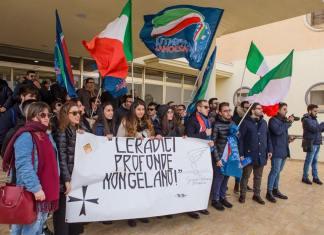 Un raduno di Gioventù nazionale cs
